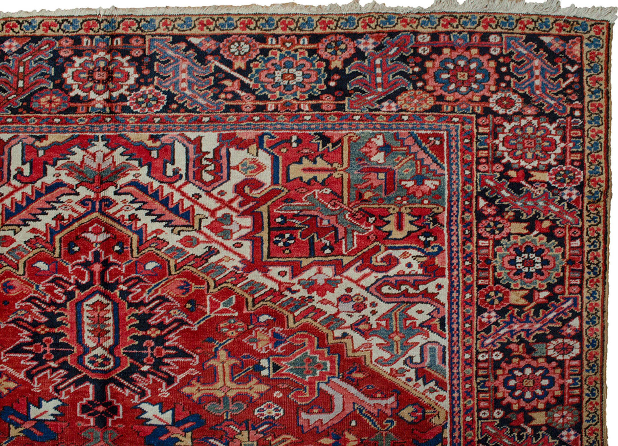 Antique Heriz Carpet 353x253cm