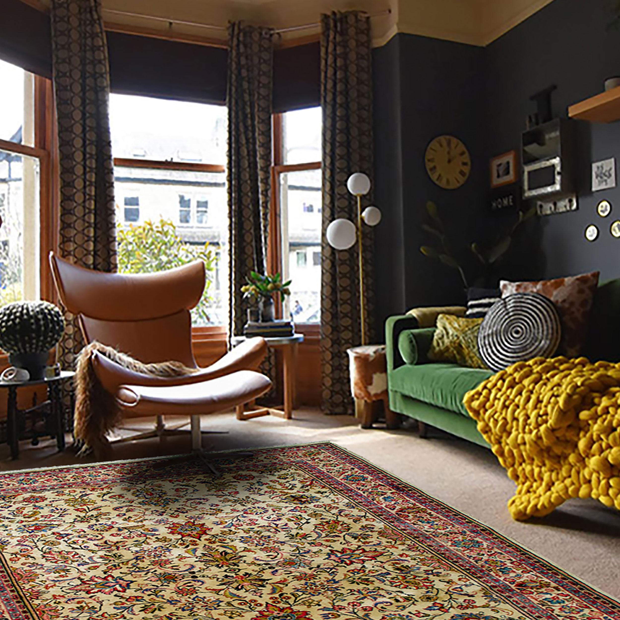 Vintage Saruk Carpet 310x211cm