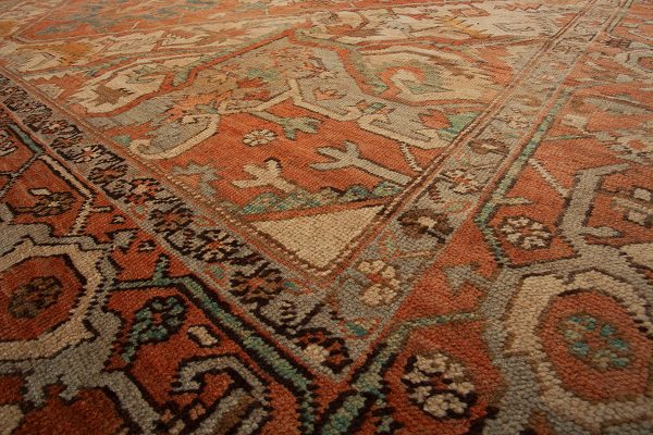 Antique Serapi Heriz Carpet 367x294cm
