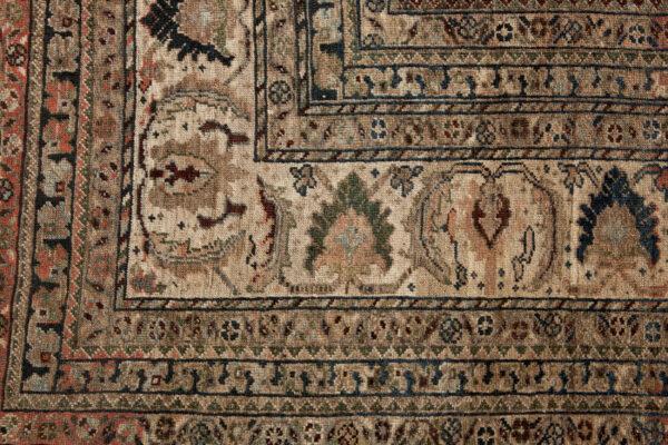 Antique Qashqai Carpet 605x380cm
