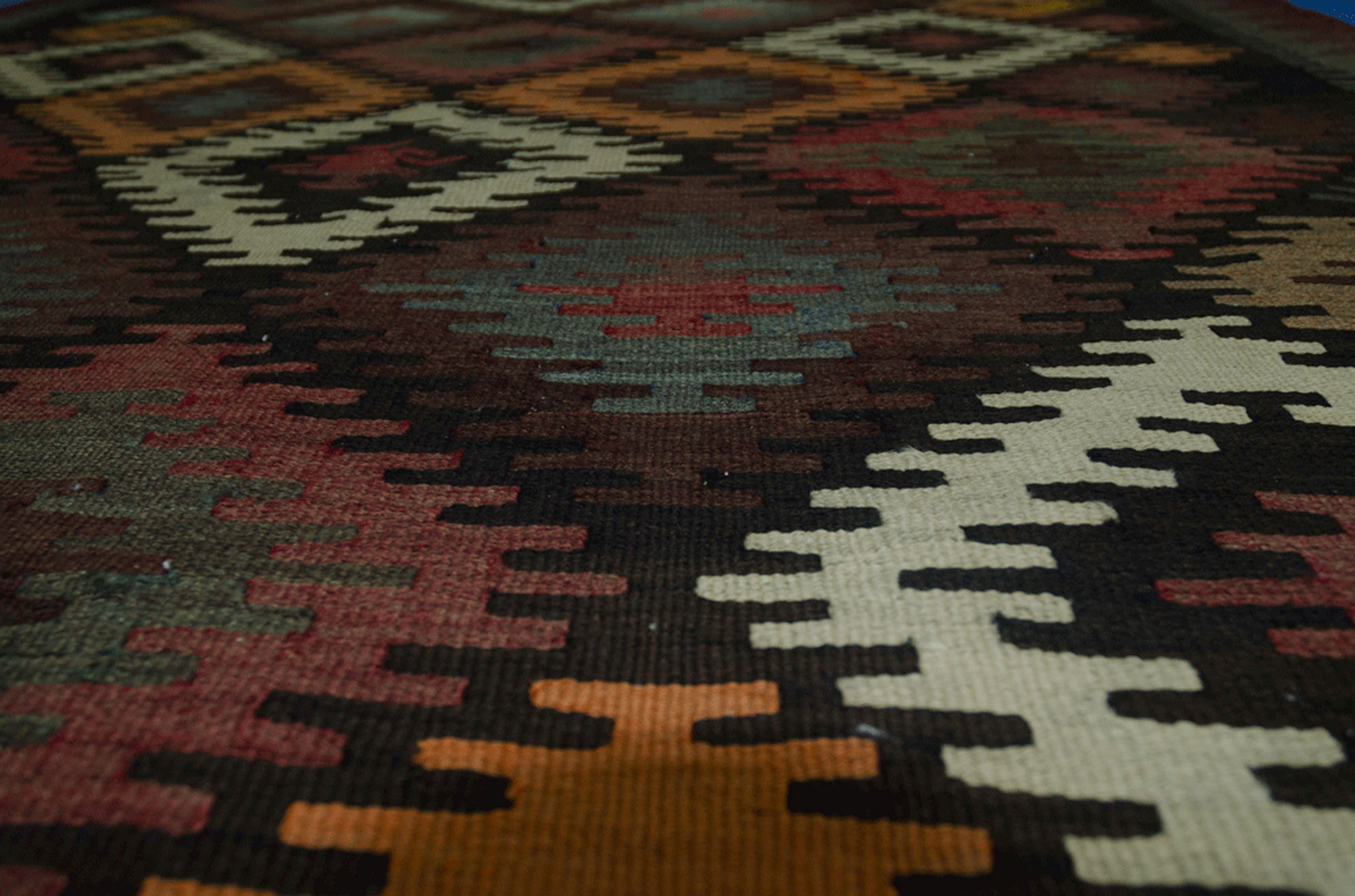 Antique Varamin Kilim Carpet 320x172cm