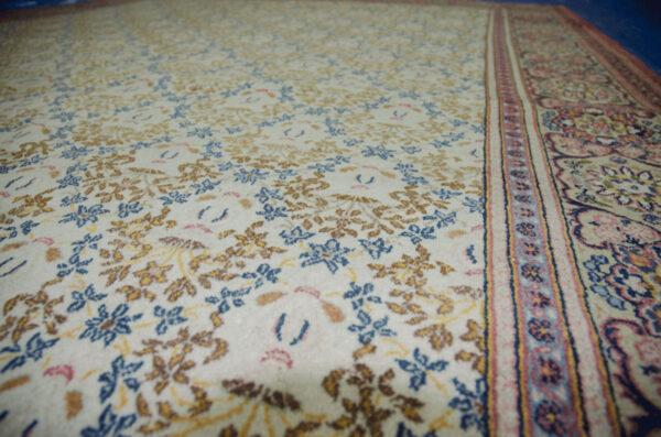 Vintage Kashan Carpet 306x214cm