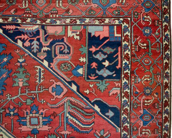 Antique Serapi Carpet 443x295cm
