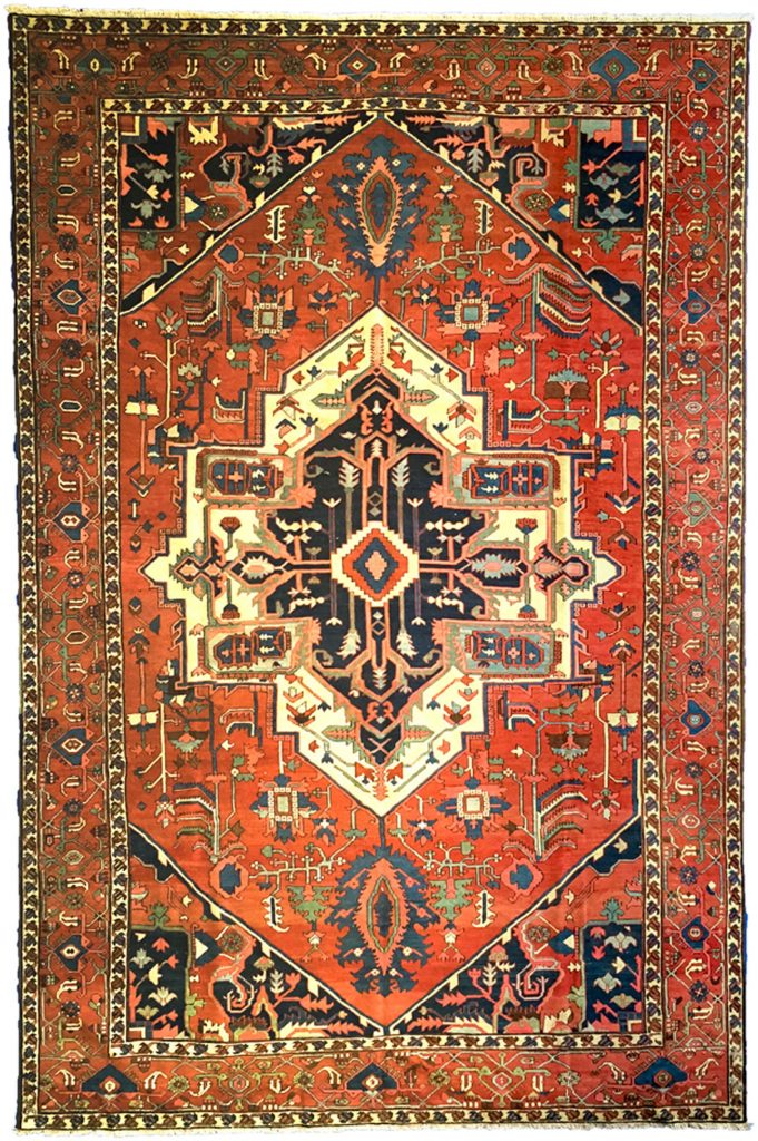 Antique Serapi Carpet 443x295cm