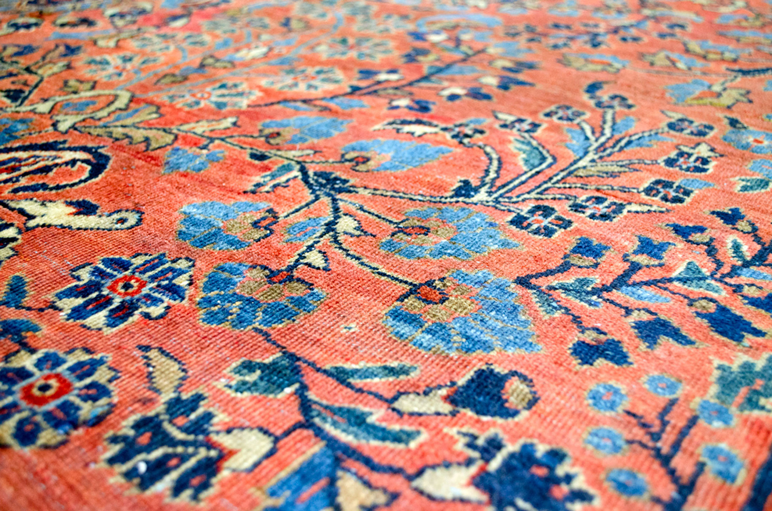 Antique Saruk Carpet 321x233cm