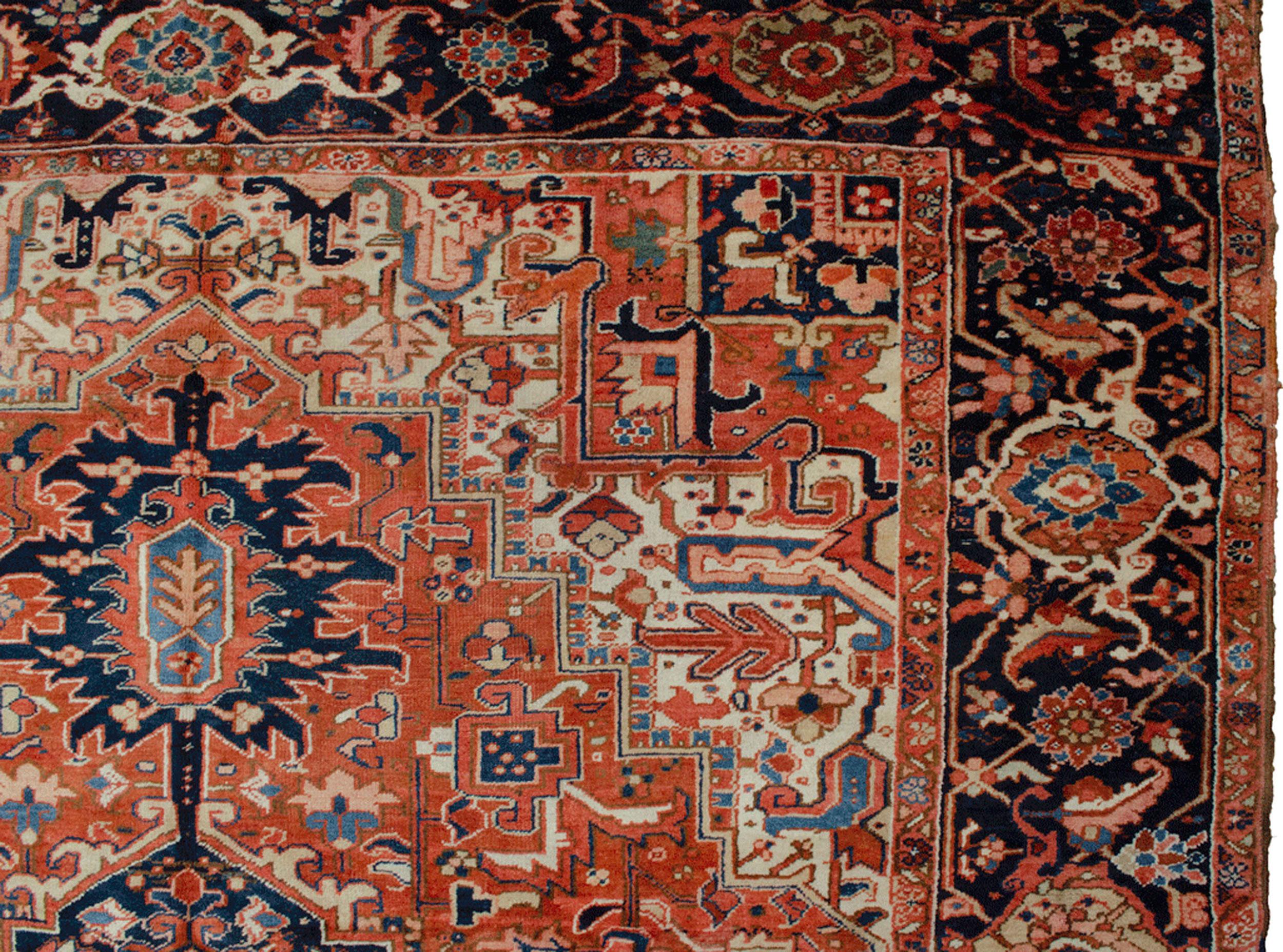 Antique Heriz Carpet 377x267cm