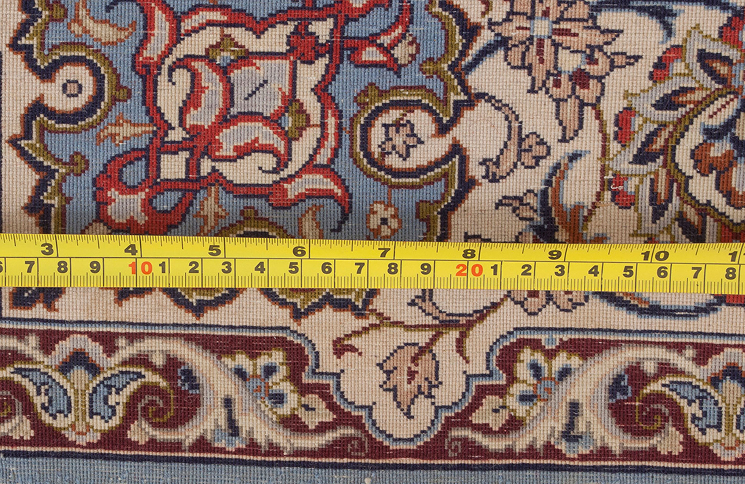 Vintage Isfahan Rug 168x112cm