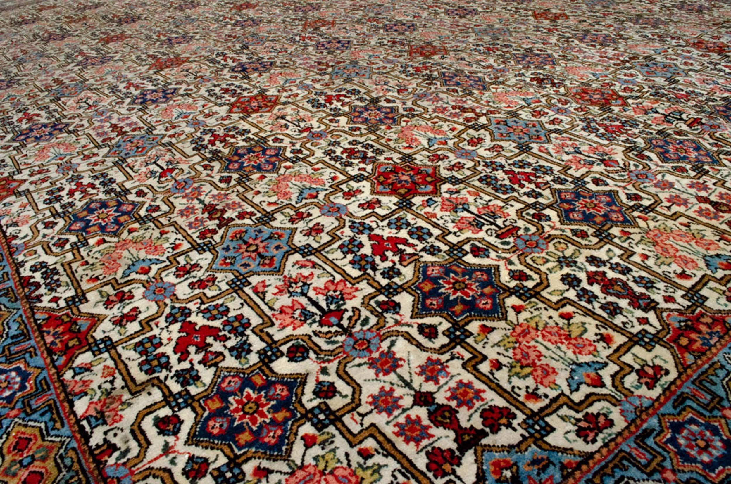 Antique Qum Carpet 300x217cm