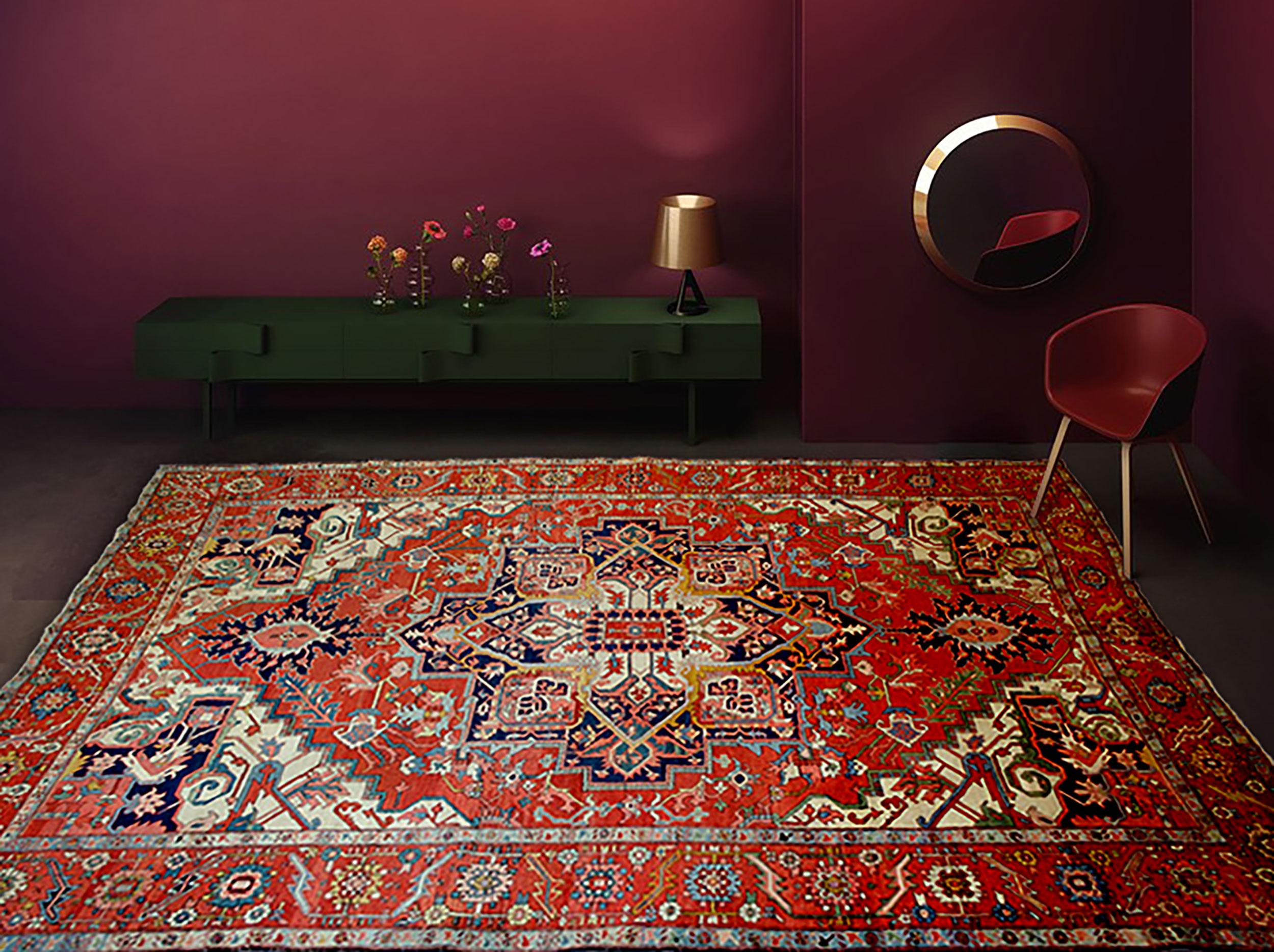 Antique Serapi Carpet 394x293cm