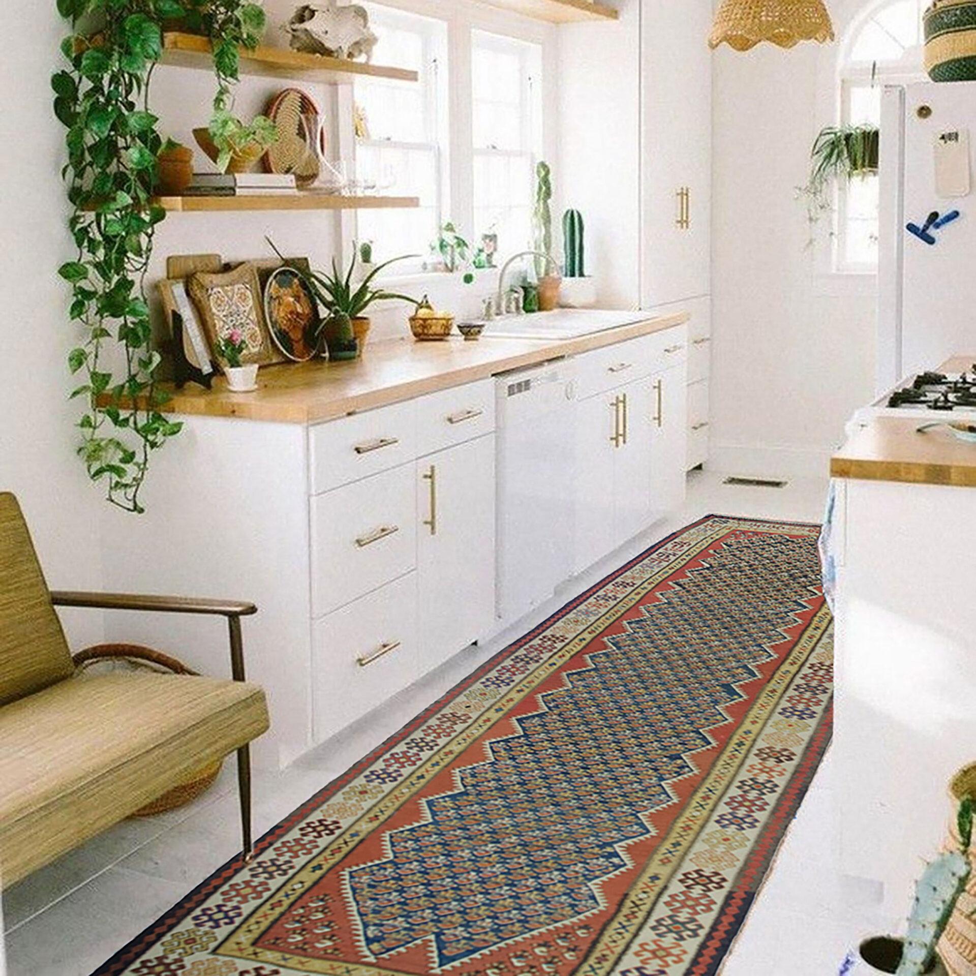 Antique Qasvin Kilim Carpet 316x117cm