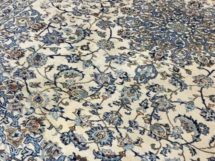 How To Remove Stains From a Persian Carpet