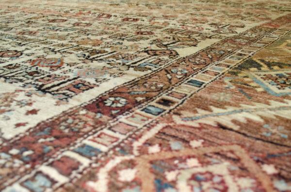 Antique Bakhshaysh Carpet 349x268cm